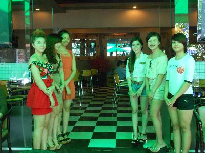 Cafe Phong Lưu đểm hẹn lý tưởng