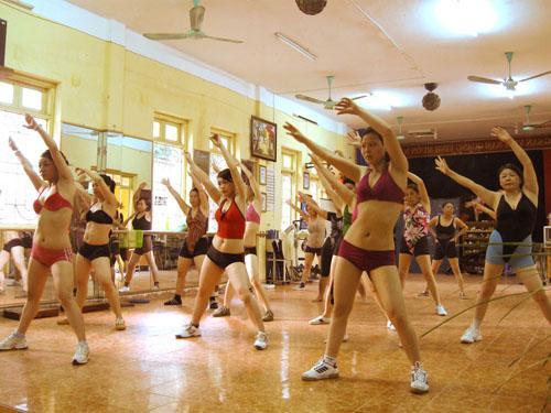 Chiêu Sinh Lớp Aerobics Người Lớn Và Thiếu Nhi