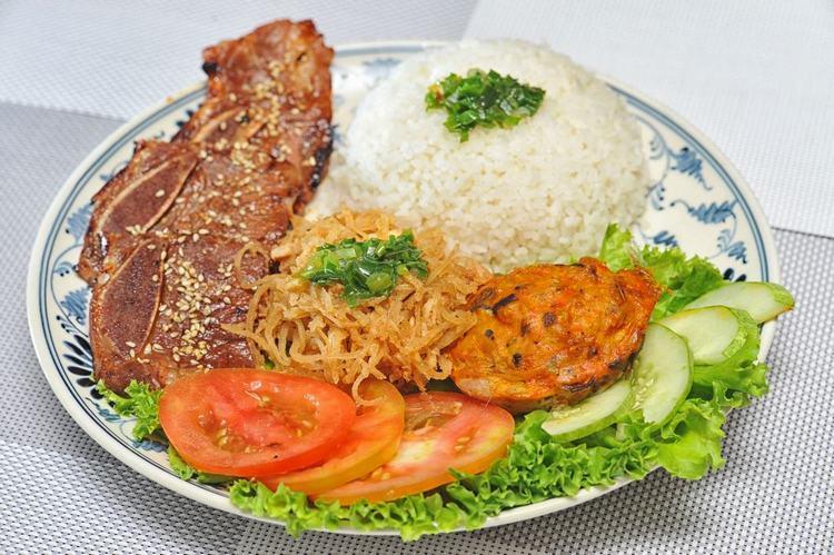 Cơm tấm Sài Gòn món ăn của người Việt