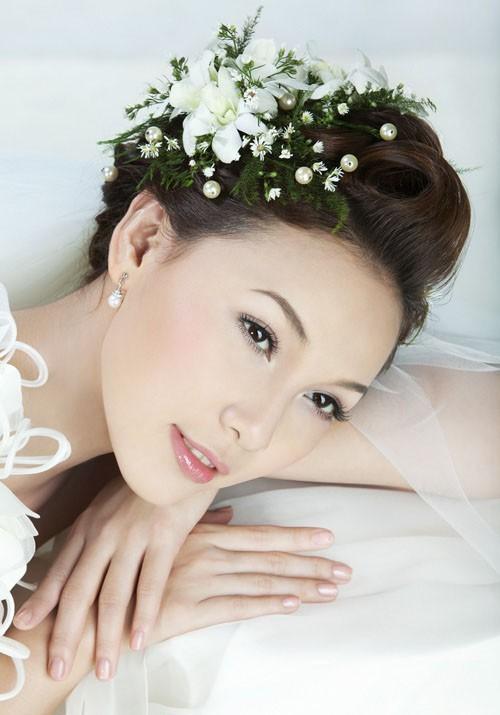 Dịch vụ trang điểm cô dâu chuyên nghiệp