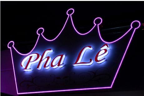 Pha Lê cafe không gian riêng tư và lãng mạn.
