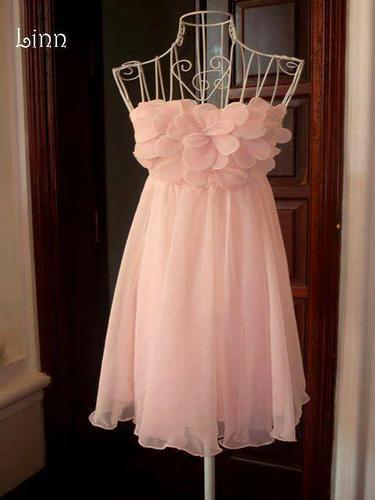 Shop thời trang Linn - Chuyên Thiết kế may đo bán đầm thời trang